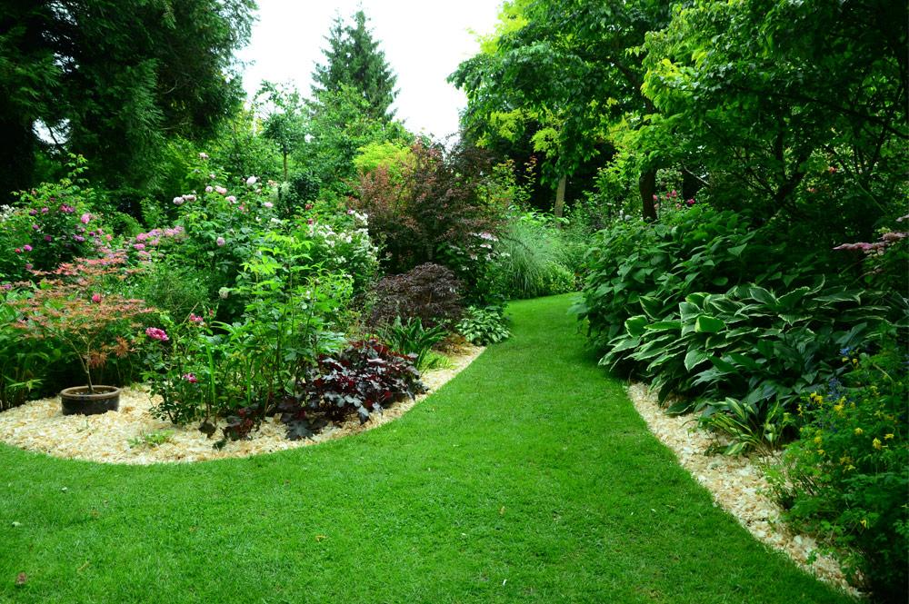 Paillage jardin vente en ligne de paillage naturel pour - Copeaux de bois pour jardin ...