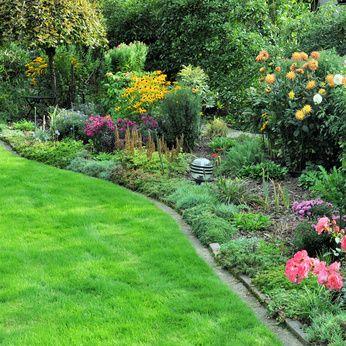 Paillage jardin vente en ligne de paillage naturel pour for Creer un massif sans entretien